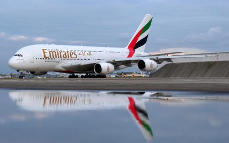 Airbus_a380_emiratju_27745d.jpg